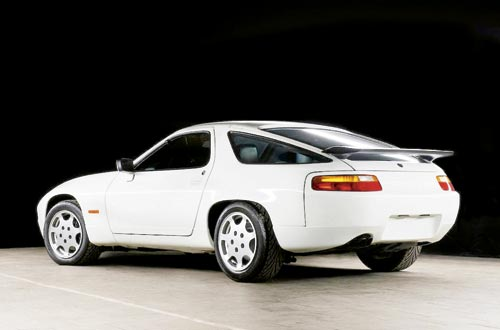 Etch -1987-Porsche -928-CS-prototype -3[1]