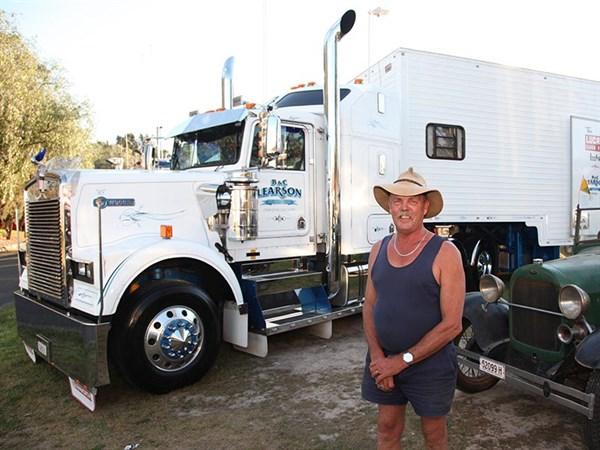 Sydney -Historical -Truck -Show ,-Clarendon -Classic ,-OWD-8861