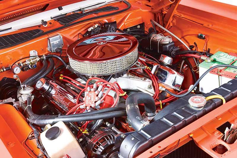 Plymouth -barracuda -engine