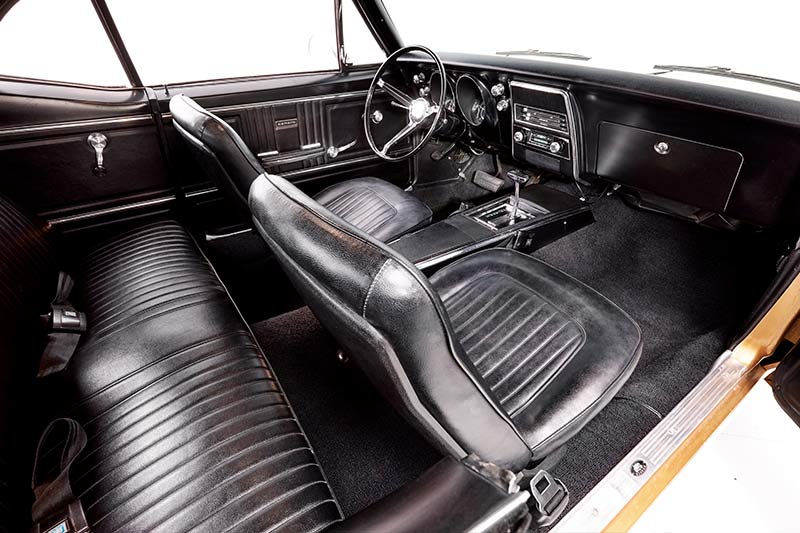 Chevrolet -camaro -interior -front