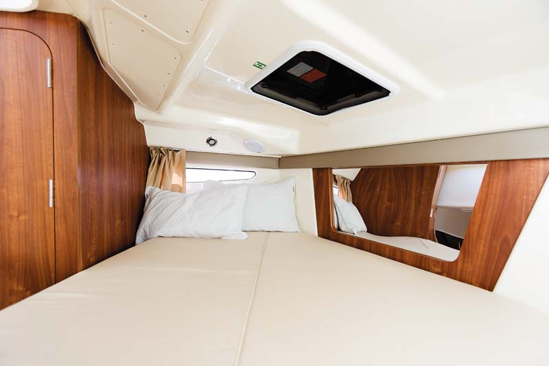 Cabin in Arvor 755 Weekender