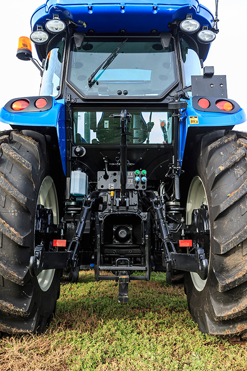 New Holland TD590 tractor rear view