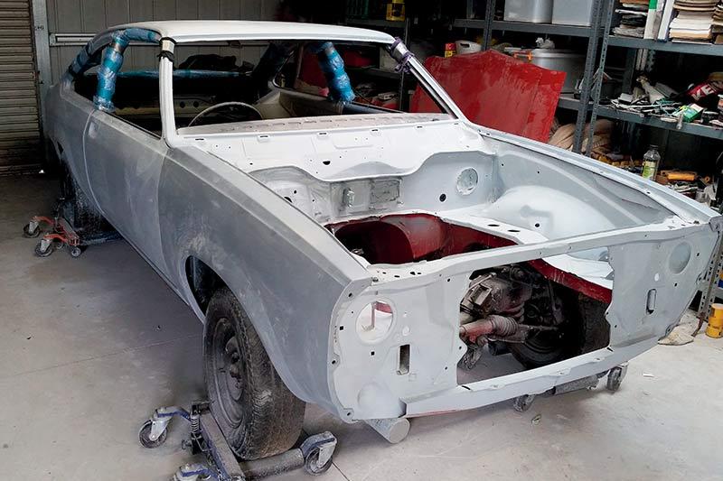 Holden -torana -hatch -resto -3