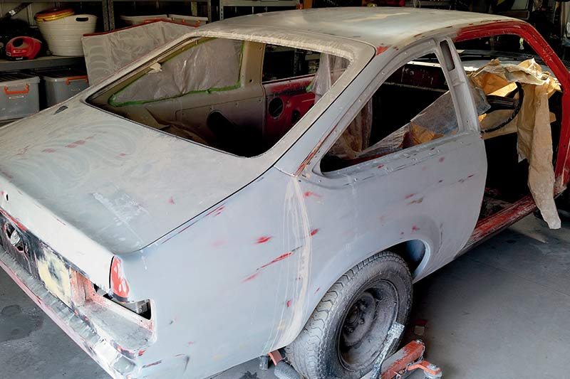 Holden -torana -hatch -resto -2