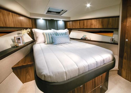 Stateroom in Riviera 4800 Sport Yacht