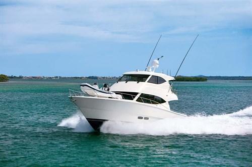 Maritimo M51 luxury motoryacht