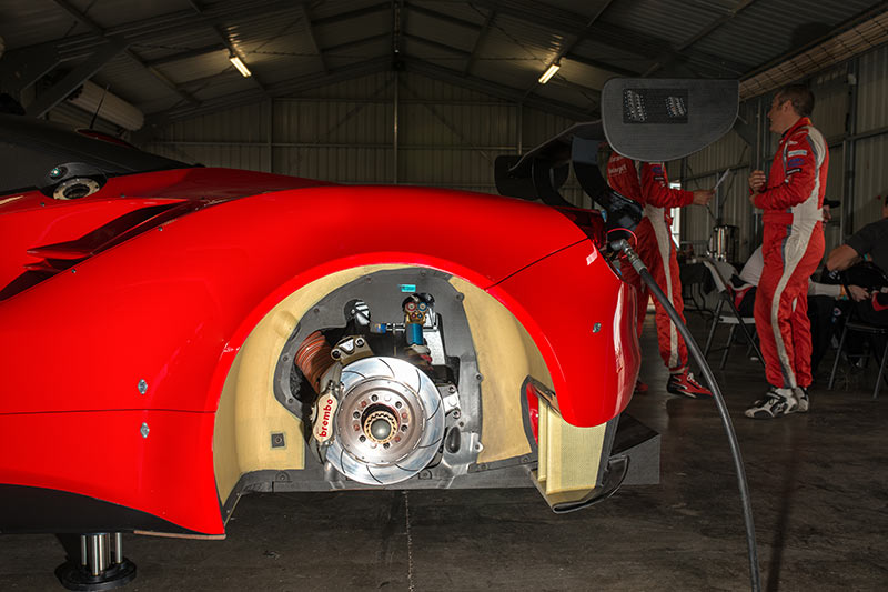 Ferrari -488-brakes
