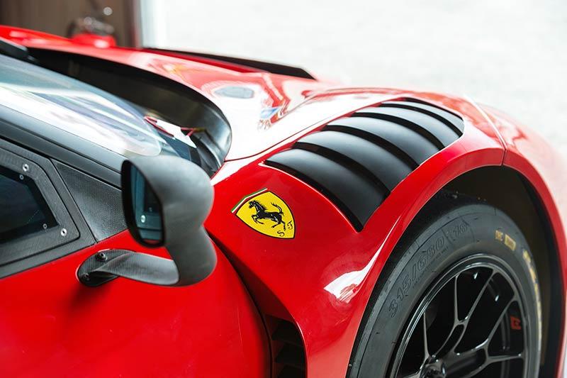 Ferrari -488-4