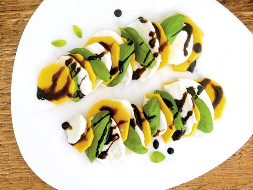Pawpaw -caprese -salad -recipe