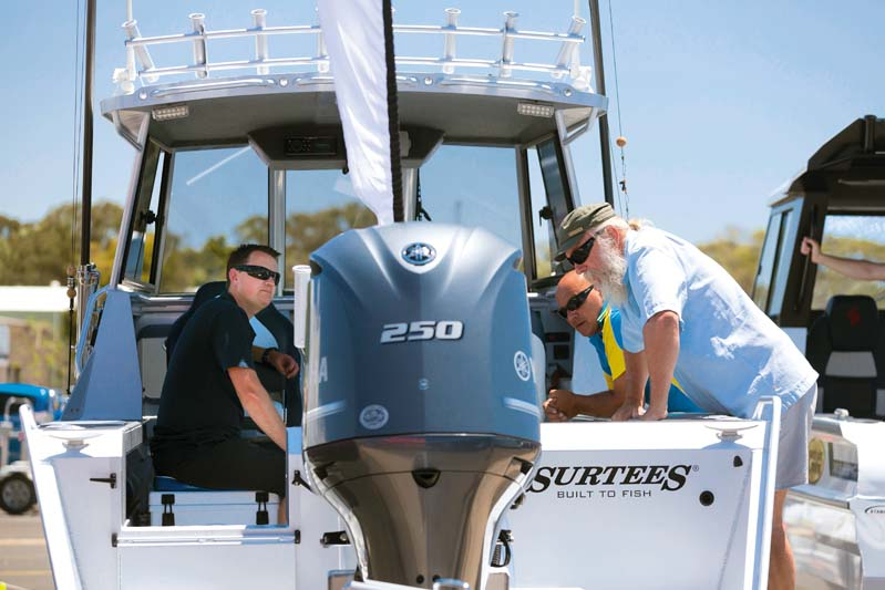 250 hp Yamaha outboard motor four-stroke marine engine