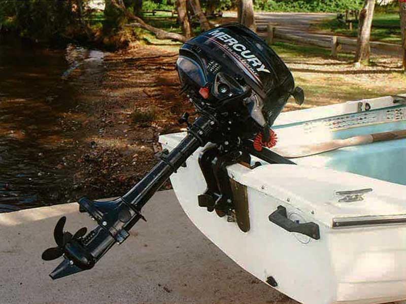 Mercury 2.5 hp portable outboard motor