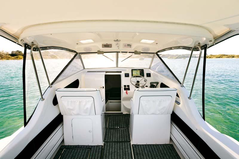 Caribbean 2400 deck layout