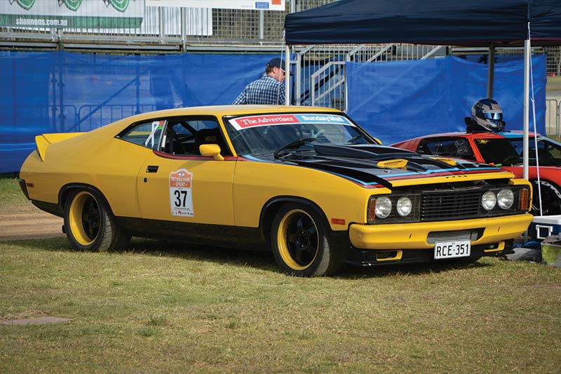 James -Golding -Ford -XB-Falcon -ex -Group -c -02