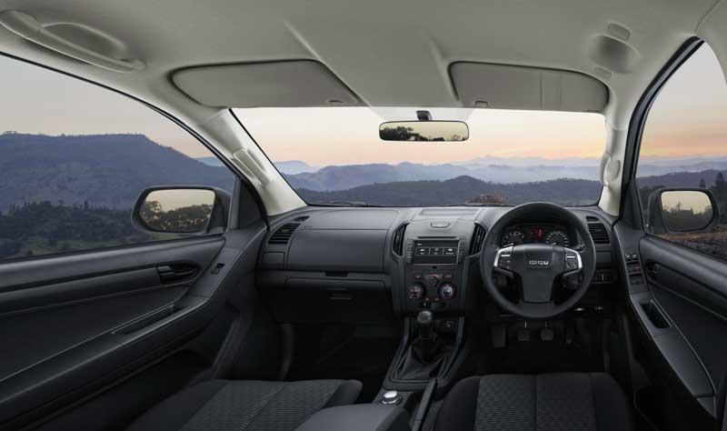 2017 Isuzu D-Max interior