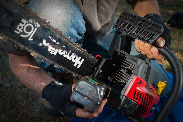 Top -10-chainsaw -maintenance -tips -Fuel -Filter