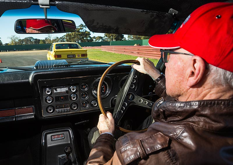 Ford -Falcon -GT-HO-Phase -III-moffat -interior