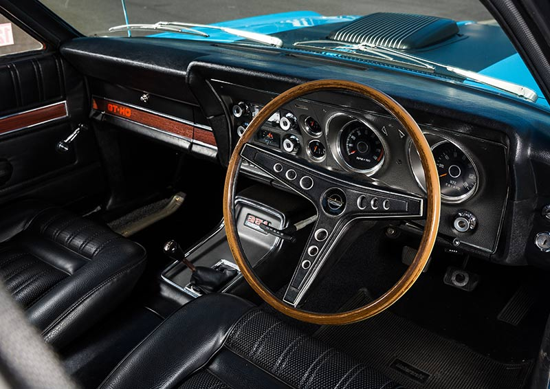 Ford -Falcon -GT-HO-Phase -III-interior