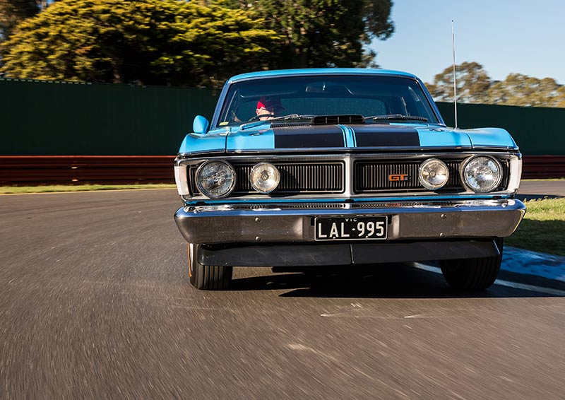 Ford -Falcon -GT-HO-Phase -III-drive