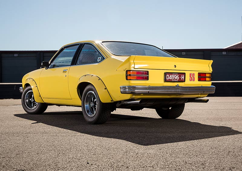 Jim -Richards -drives -the -Holden -Torana -A9X-rear