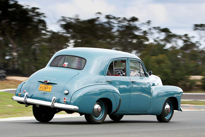 Holden -48-215-on -track