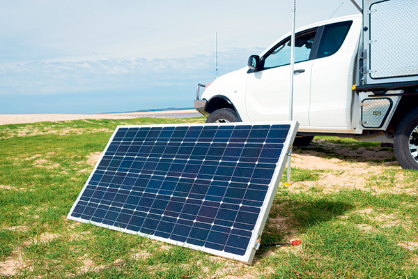 Guide -to -the -best -solar -system -setup -Solid -or -Flexible