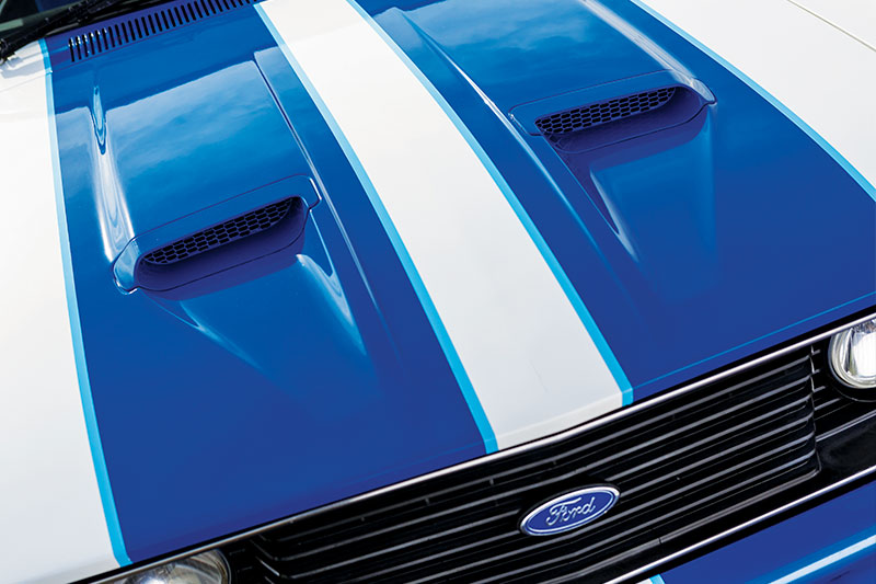 Ford -falcon -cobra -bonnet