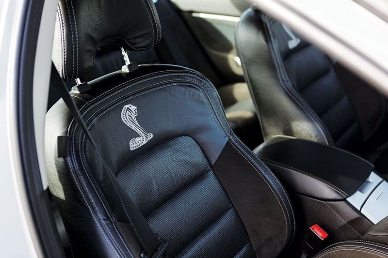 Ford -falcon -cobra -front -seat