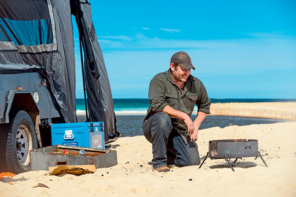 LEAD-PIC-Aussie -Campfire -Kitchens -portable -fire -pit
