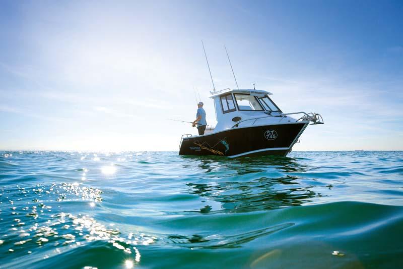 Formosa 580 Offshore Tomahawk Hardtop