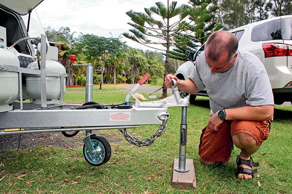 Tow -ball -mass -measurement