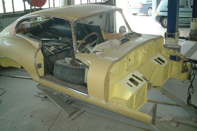 Jaguar -etype -body -prep -for -paint