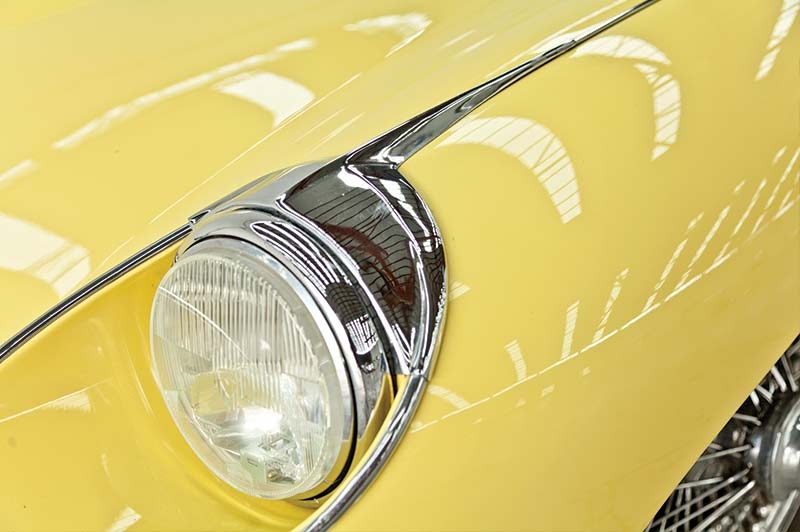 Jaguar -etype -headlight