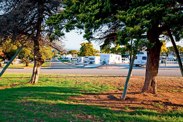 Drive -through -caravan -site -at -Port -Lincoln -Tourist -Park -SA-2