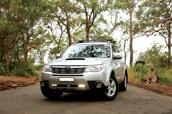 2010-Subaru -Forester -with -day -time -lights