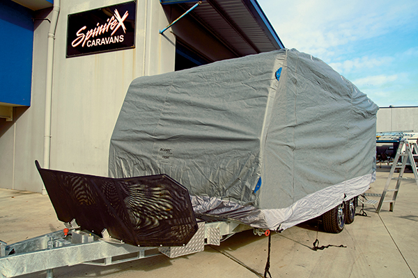 Spinife X-caravan -cover -2