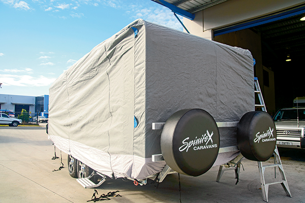 Spinife X-caravan -cover -3