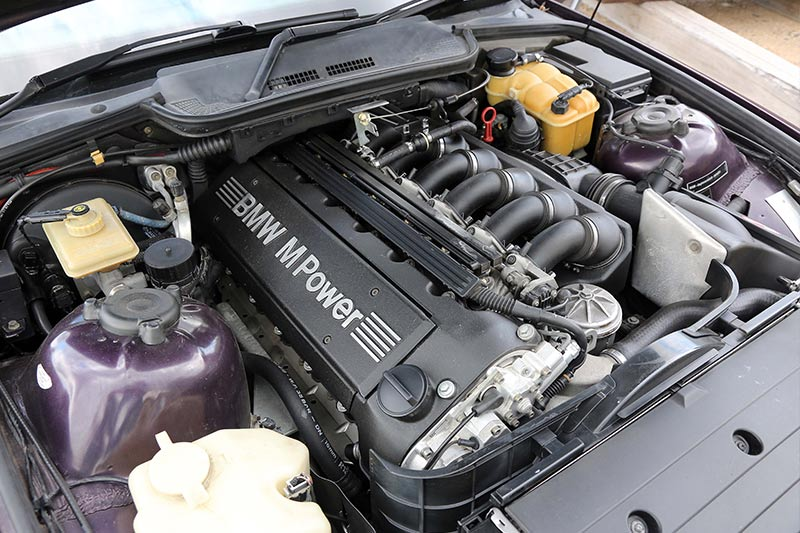 Bmw -e 36-m 3-engine