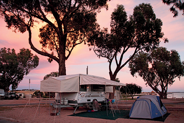 A-beachfront -powered -site -at -the -Streaky -Bay -Foreshore -Tourist -Park