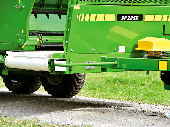 Photo of the drive roller of the Hustler SF1250 Silage Wagon