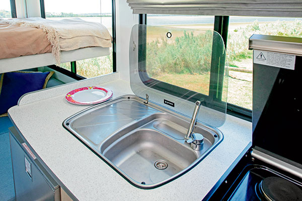 Discovery -4-Berth -2030-8