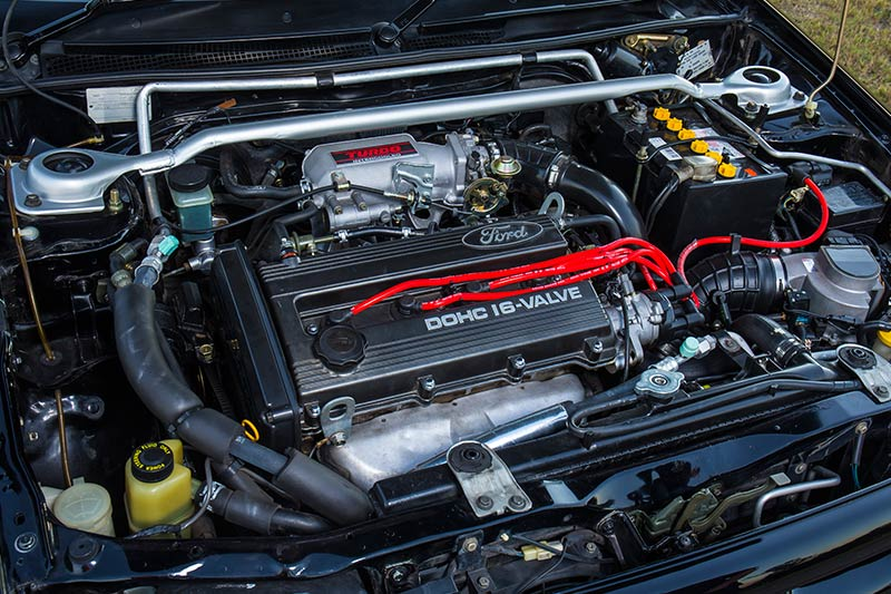 Ford -laser -tx -3-engine -bay