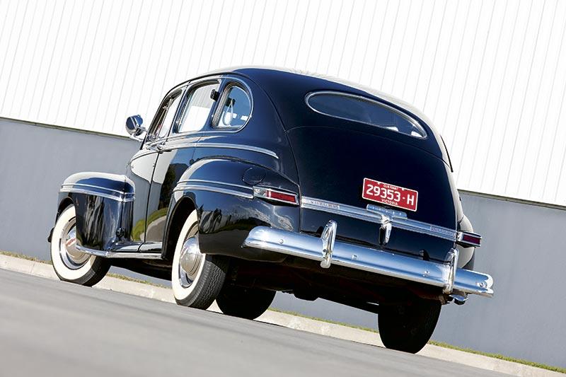 Ford V 8 Rear