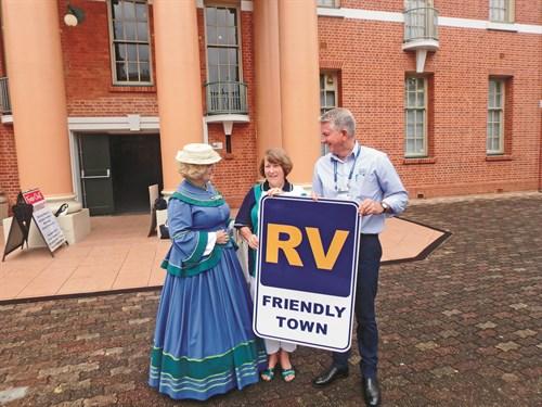 CMCA MARYBOROUGH RV FRIENDLY Mary Heritage (Carmel Murdoch ), Nan Ott And Richard Mainey.