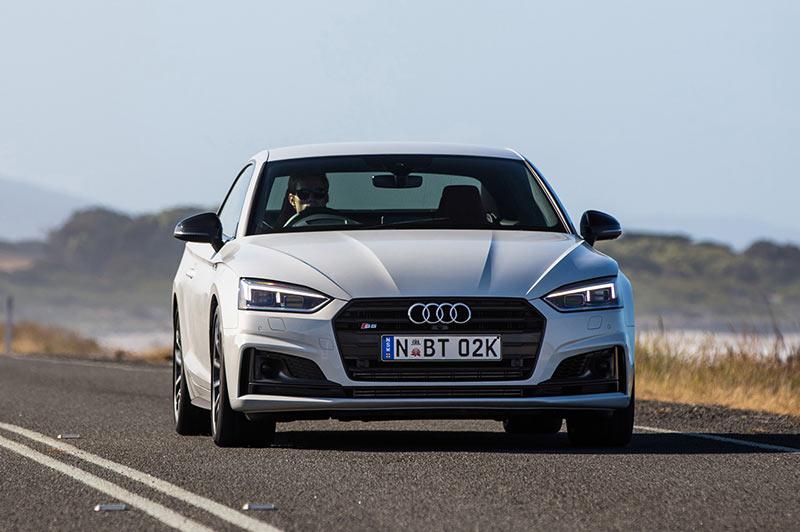 Audi -s 5-front