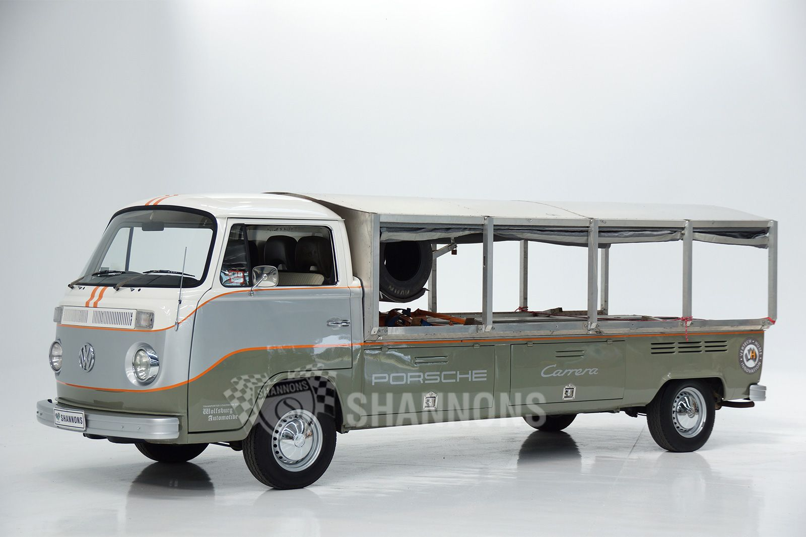 1976 Volkswagen Kombi Modified Race Transporter