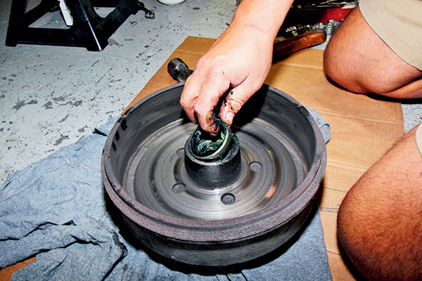Removing -bearing -seal -and -discard -from -the -wheel -bearing