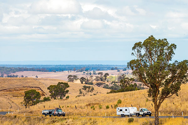 Toyota -vehicles -towing -a -caravan -and -a -camper -trailer -through -the -High -Country -in -Victoria