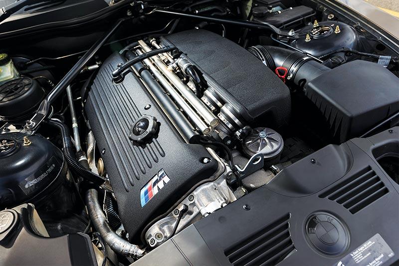 Bmw -z 4m -coupe -engine