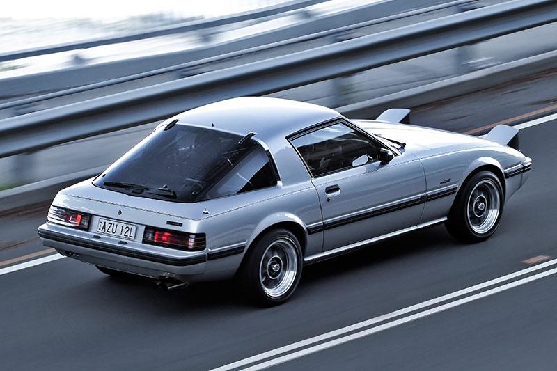 Mazda -rx 7-2