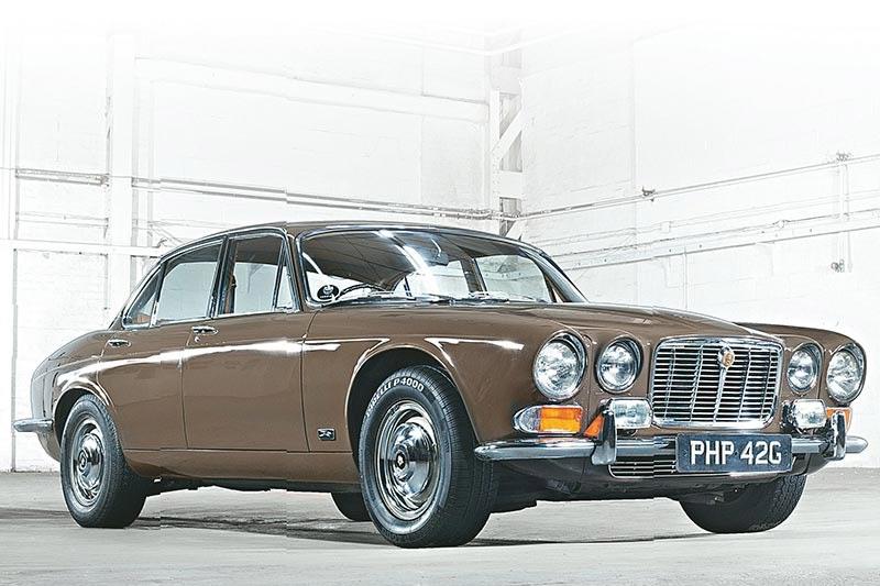 Jaguar -xj6